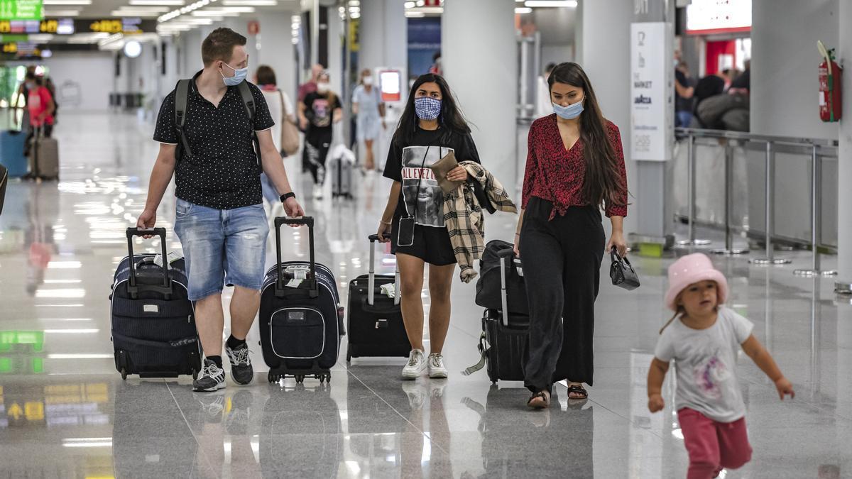 Reisende sollen sich am Flughafen Mallorca bald besser zurechtfinden.