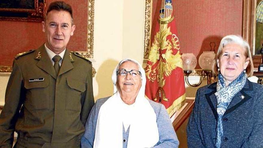 Fernando Aznar recibe a Ángela García