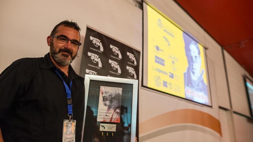Marto Pariente gana el Cartagena Negra con 'La cordura del idiota'