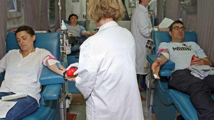La unidad móvil del Centro de Transfusión de Galicia recala en A Estrada
