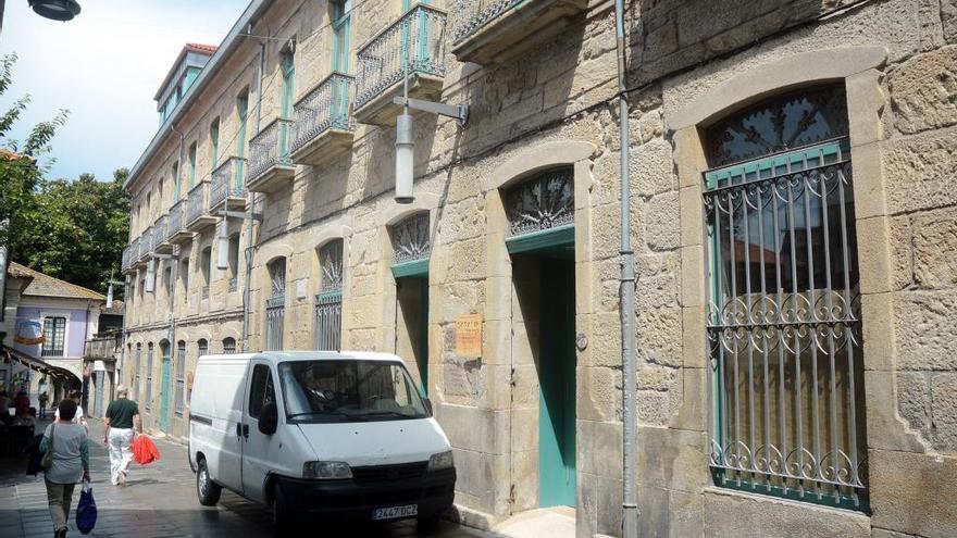 Un positivo en Saraiva Senior eleva a tres los trabajadores contagiados en centros de mayores de Pontevedra