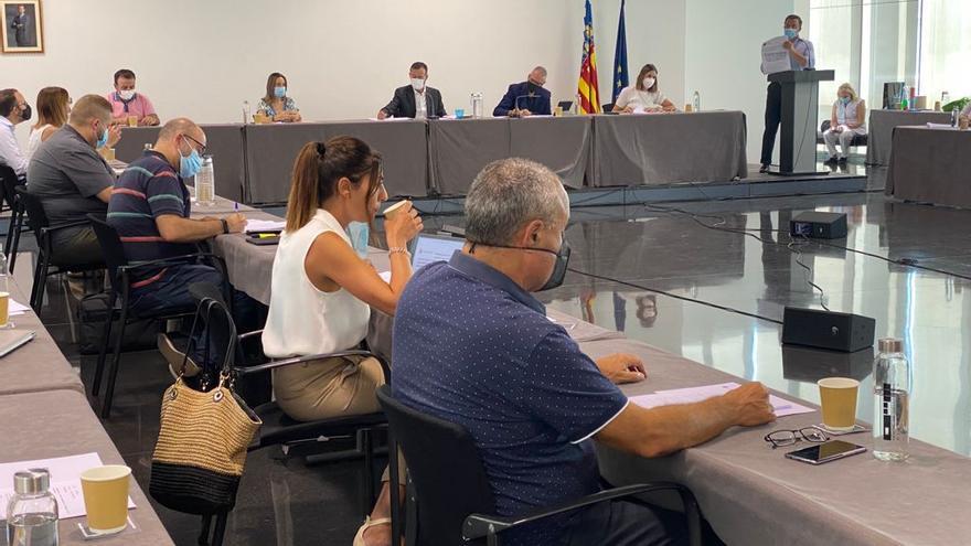"""PSOE y Compromís rechazan aprobar ayudas para el pago de la luz, como pide el PP, por verlas """"oportunistas"""""""