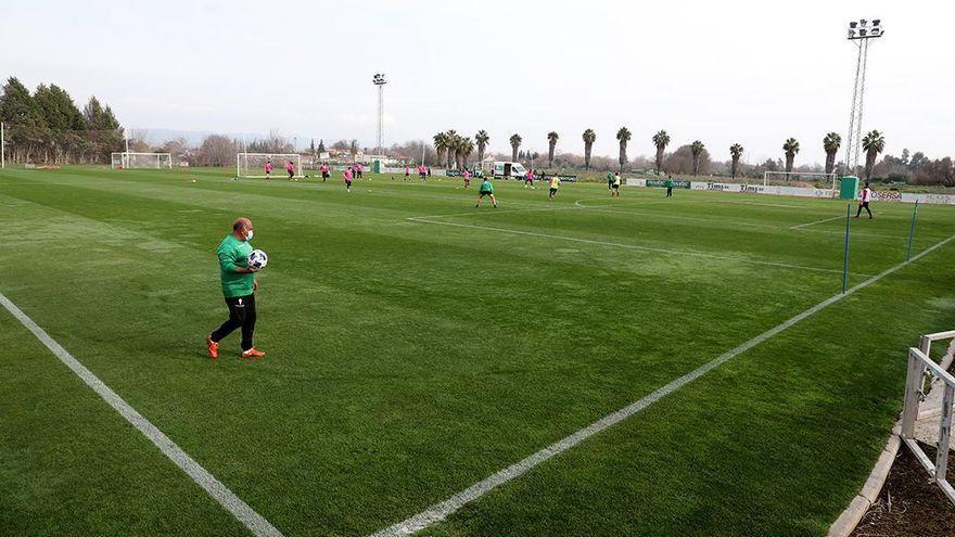 Todos los partidos del filial del Córdoba CF y el Femenino por 30 euros