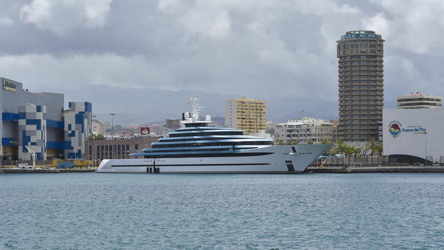 Un megayate de 275 millones en el Puerto