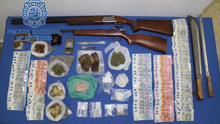 La Policía Nacional desmantela un 'hipermercado' de droga en Badajoz
