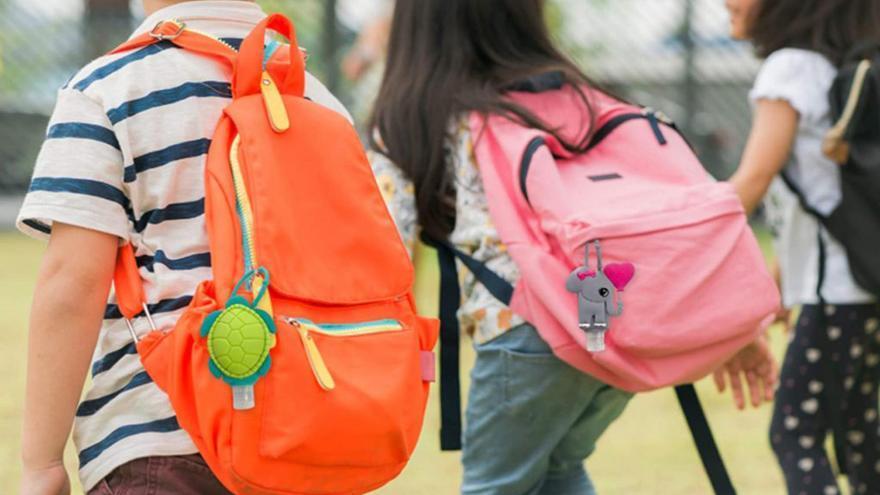 Con estos portageles lograrás que tu hijo o hija se desinfecte las manos frecuentemente