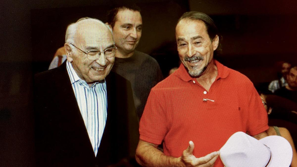 Francisco Brines junto a Esplá y Carlos Marzal.