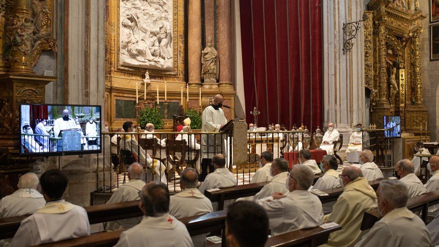 Miércoles Santo: el obispo preside la Misa Crismal en Zamora y anuncia la ordenación del sacerdote Juan José Carbajo