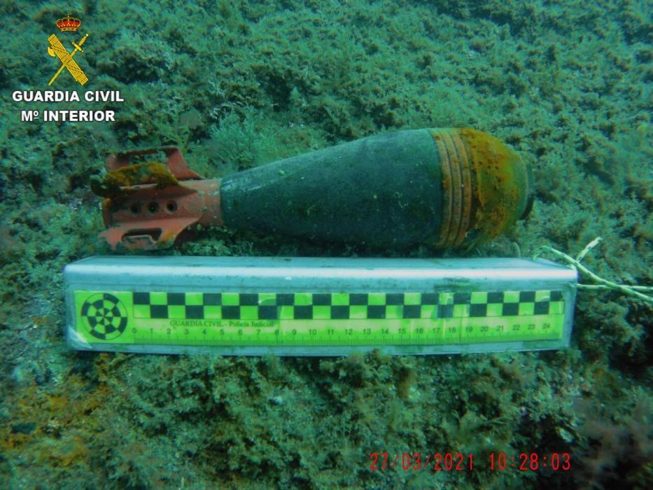 El contenidor explosiu inactiu localitzat en una cala de Cadaqués