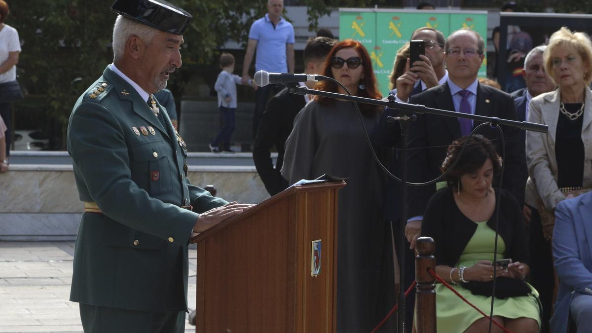 El teniente coronel, Zabala, en la última fiesta de la Guardia Civil