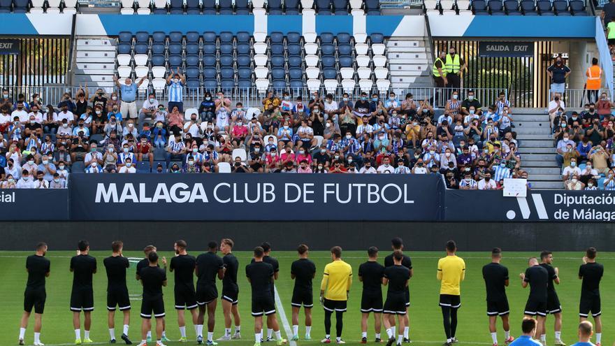 La afición arropa al Málaga en La Rosaleda