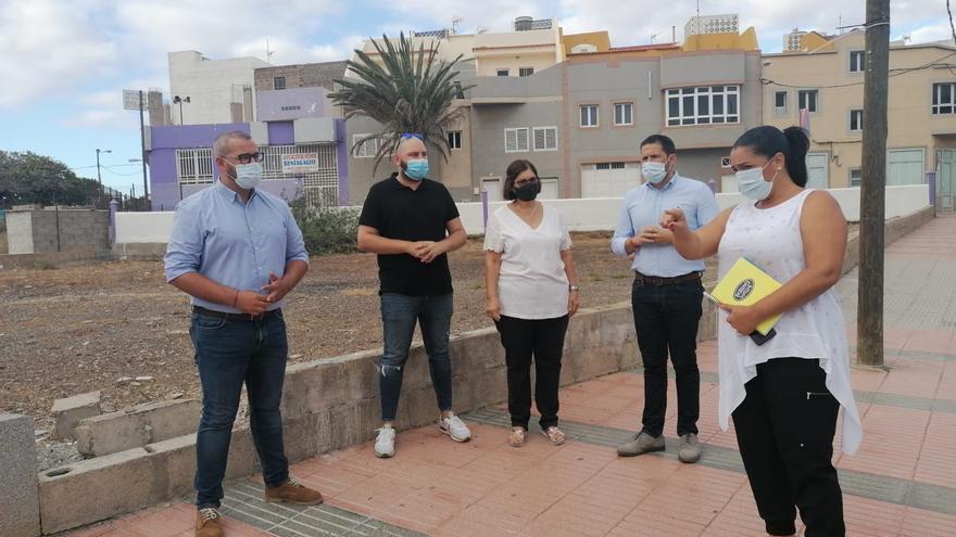 El Ayuntamiento reforzará la red  de saneamiento en El Calero Bajo  y en La Viña