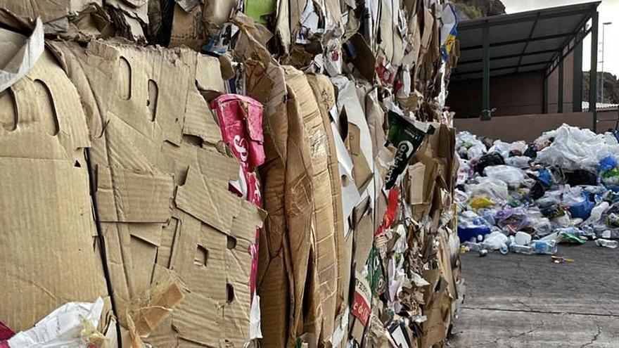 La Isla gestionó 500 toneladas de envases ligeros y papel-cartón