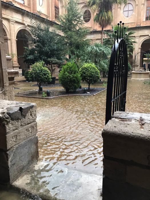 El río Segura, desbordado por las lluvias en Orihuela
