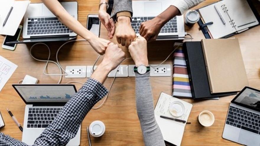 Segunda jornada de los i-Talks 2021: Cómo mejorar tu negocio en la era digital