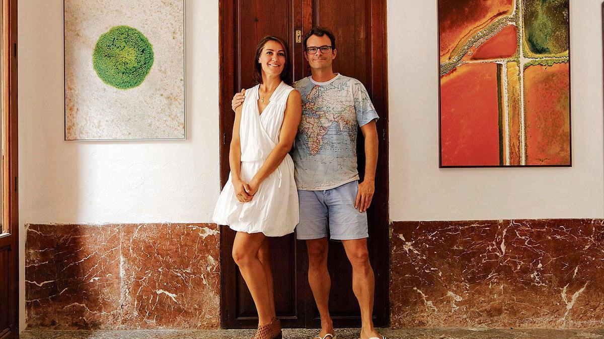 Gabriela Girova und Philippe Perreaux sind sichtlich stolz auf ihre neue Galerie.