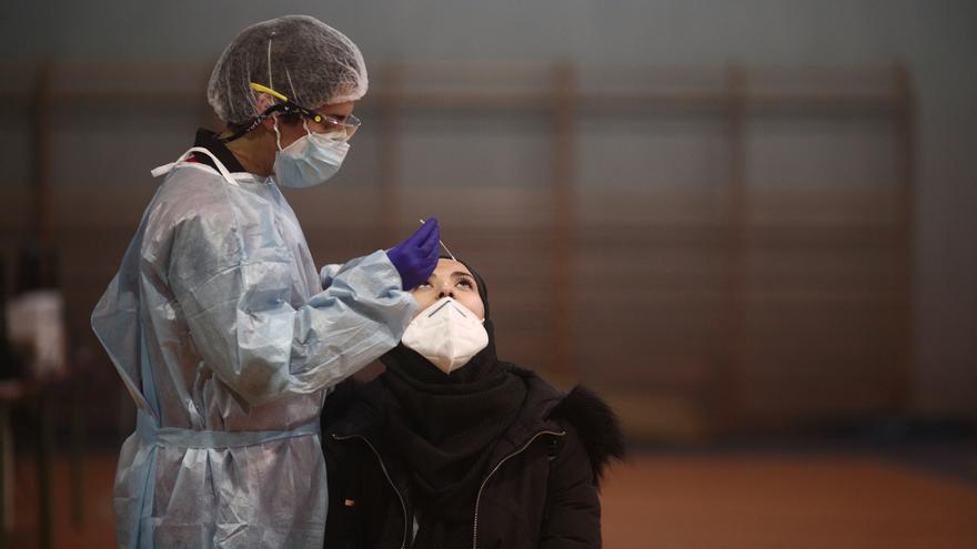 Sanidad notifica 9.663 nuevos casos de Covid-19 y 126 muertes más