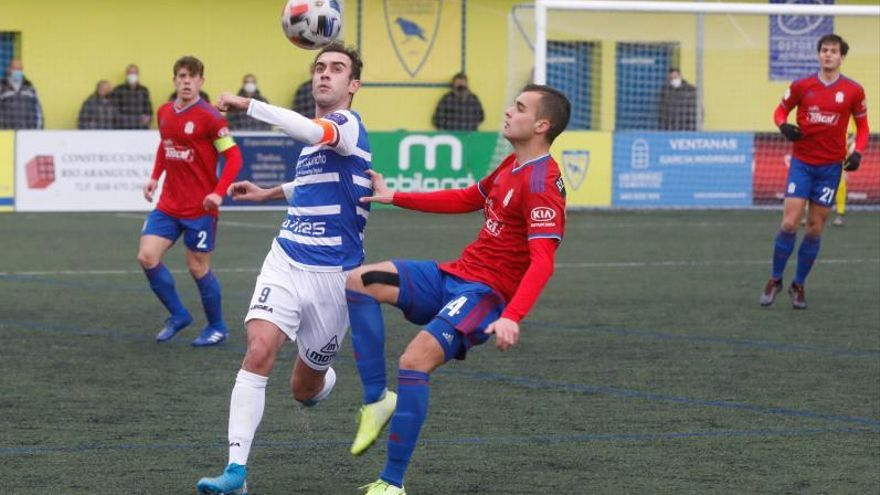 Fútbol, Segunda División B: Víctor Fernández-Miranda se presenta para seguir presidiendo al Langreo