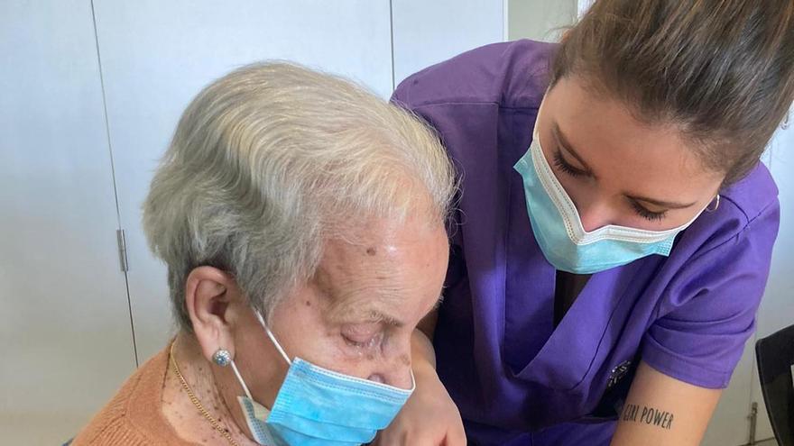 Terapia con conejos para los mayores con Alzheimer