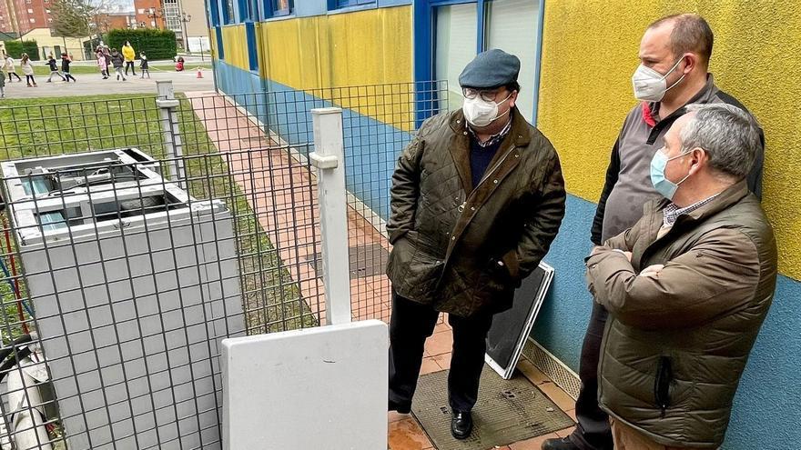 El Ayuntamiento arreglará de forma inminente la calefacción del colegio de la Corredoria