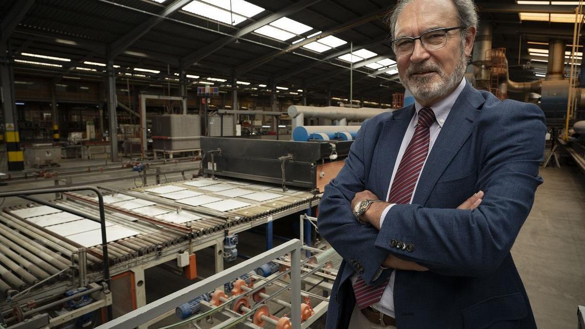 El azulejo acelera su producción en verano ante la incertidumbre actual