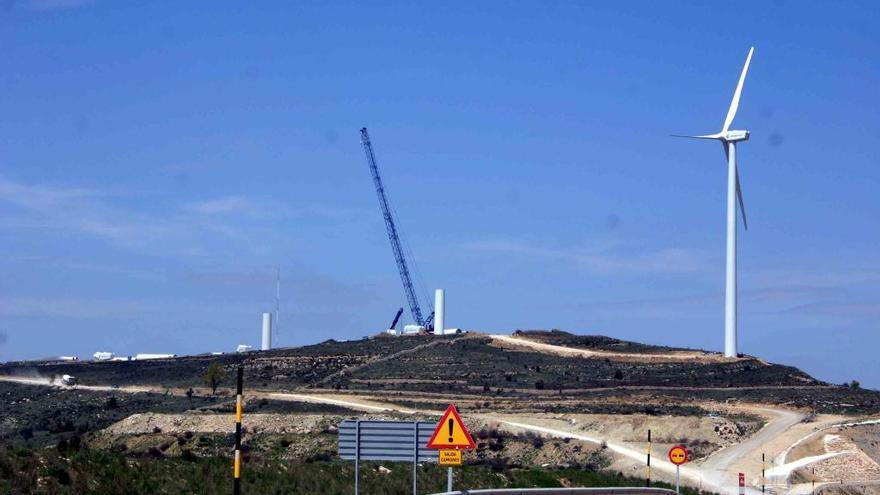 Aragón acapara los permisos para conectar parques eólicos a la red de la C. Valenciana