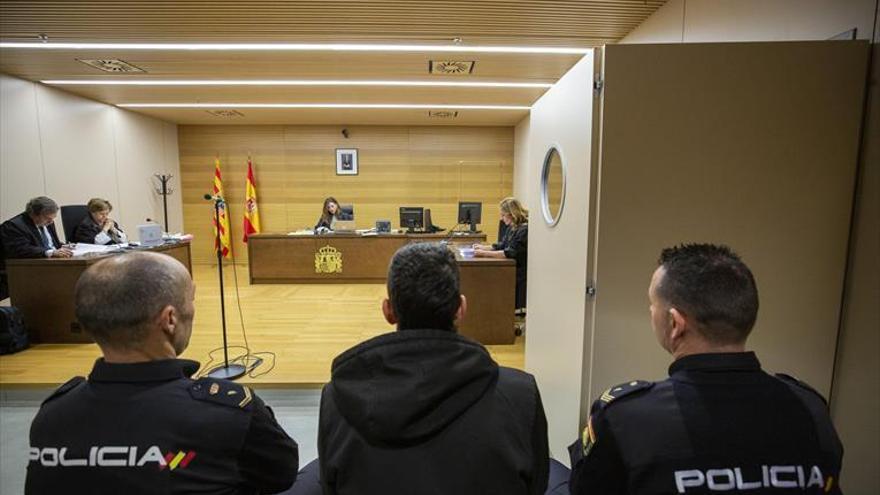 La Audiencia de Zaragoza juzgará al hombre que le cortó el pene a otro por dinero