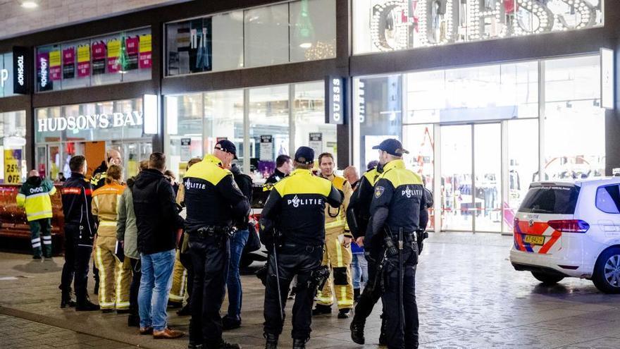Apuñalamiento múltiple en una calle comercial de La Haya
