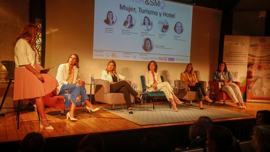 Turismo: Solo un tercio de puestos directivos están ocupados por mujeres