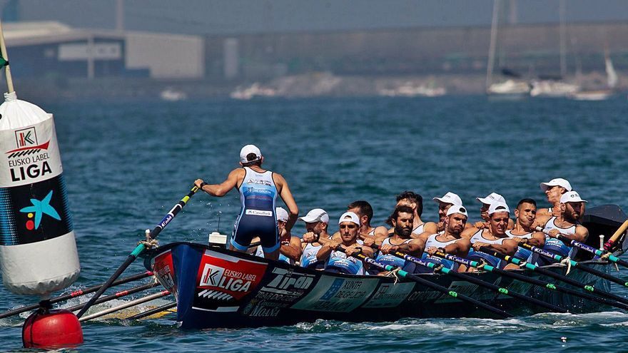 """Mala regata de Tirán en Getxo: """"No conseguimos ir cómodos"""""""