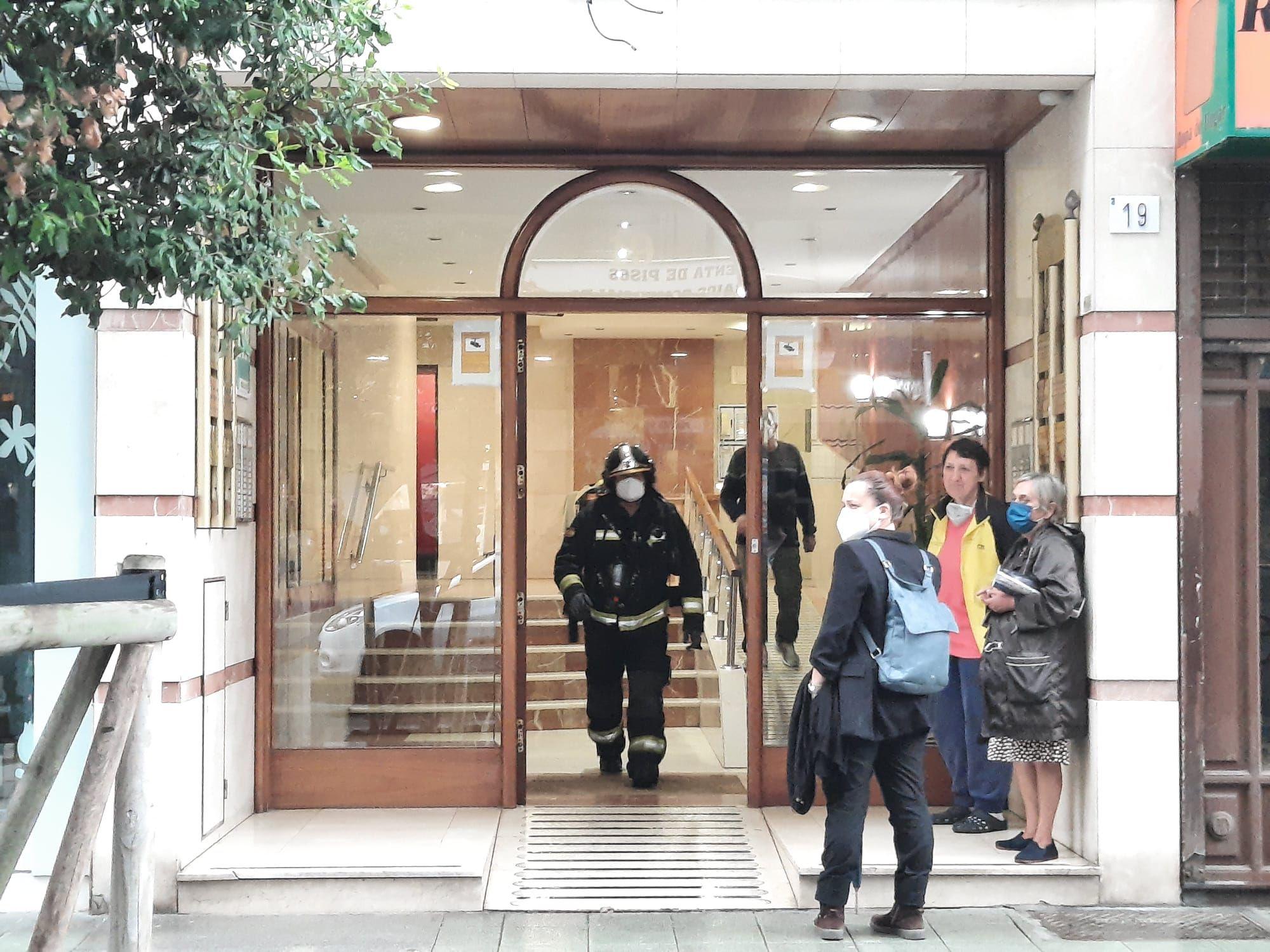 Sofocan un incendio en la sauna de un gimnasio en Gijón