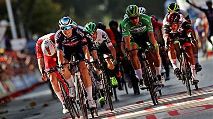 Elissonde és el nou líder de la Vuelta el dia del segon triomf de Jasper Philipsen