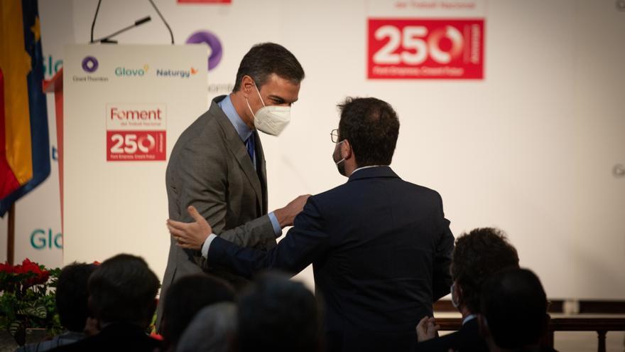 Sánchez y Aragonès escenifican su voluntad de iniciar una nueva etapa política