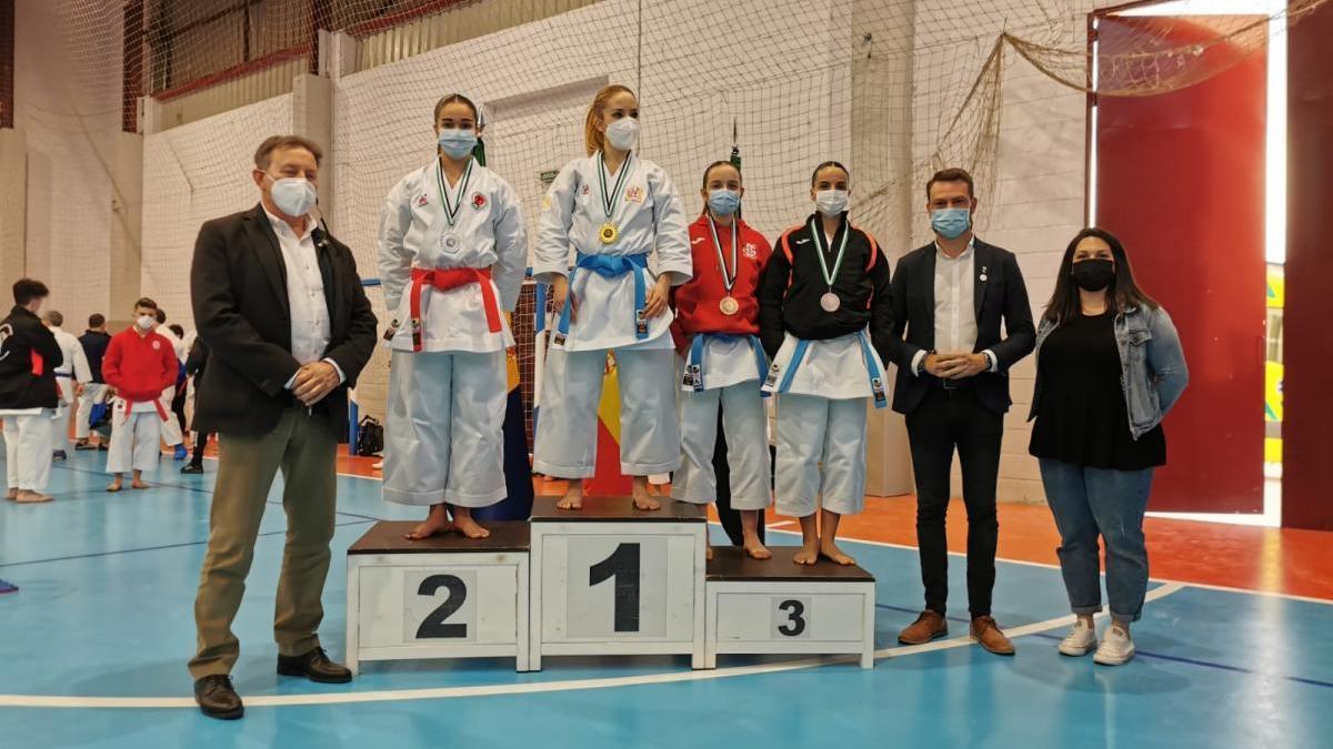 El karate extremeño vuelve a escena