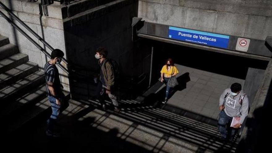 Sanidad forzará el cierre de Madrid mientras el Gobierno de la Comunidad ve síntomas de mejora