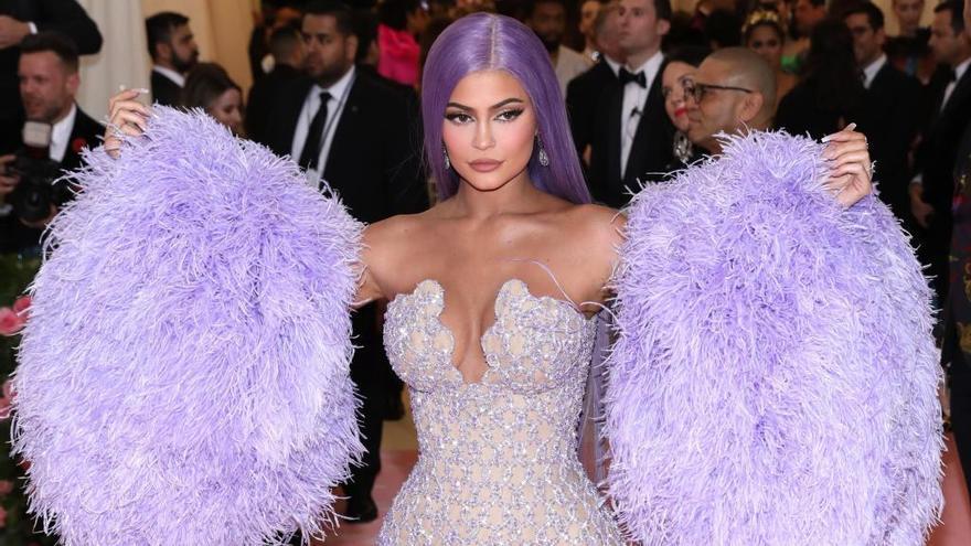 De las trenzas al maquillaje 'glitter': las tendencias en belleza para 2020
