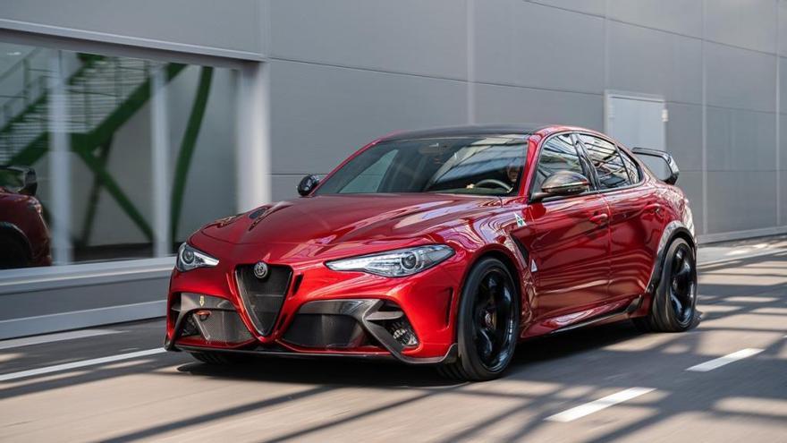 Alfa Romeo presenta las exclusivas, y extremas, versiones GTA y GTAm del Giulia Quadrifoglio