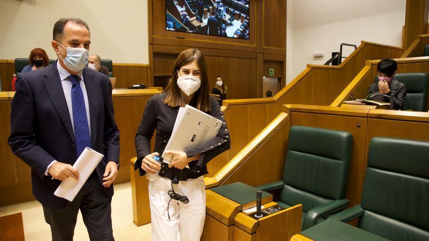 Bildu impide que el Parlamento Vasco condene a ETA diez años después de su final