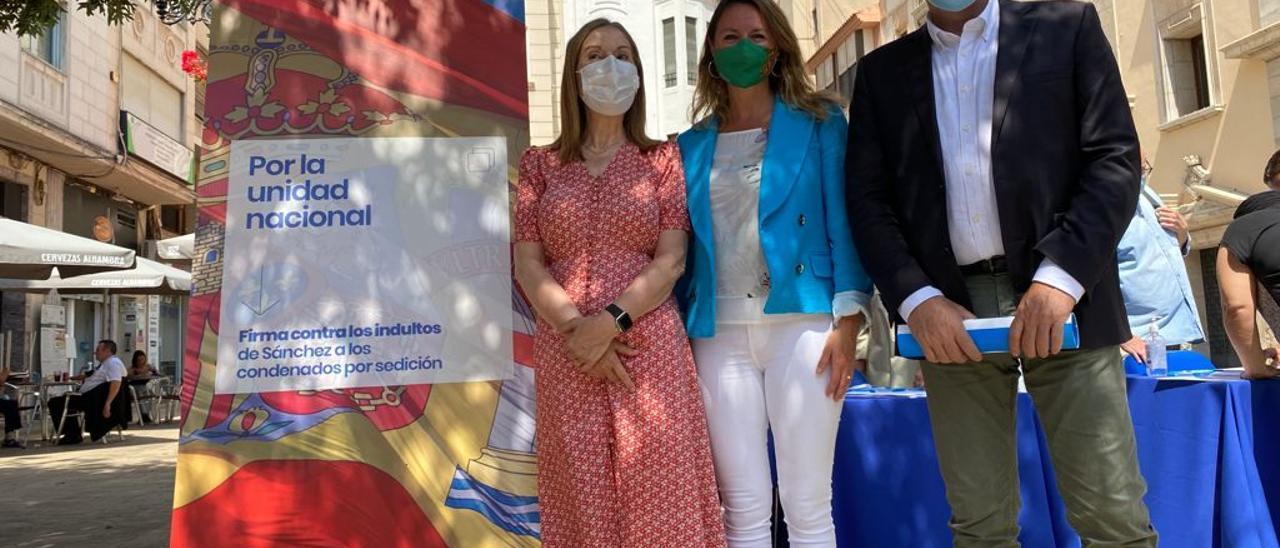 Barcala, junto a Ana Pastor y Begoña Carrasco, hoy en Castellón
