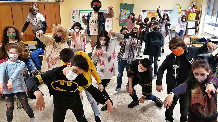 """El colegio Inmaculada celebra un carnaval diferente, pero """"monstruoso"""""""
