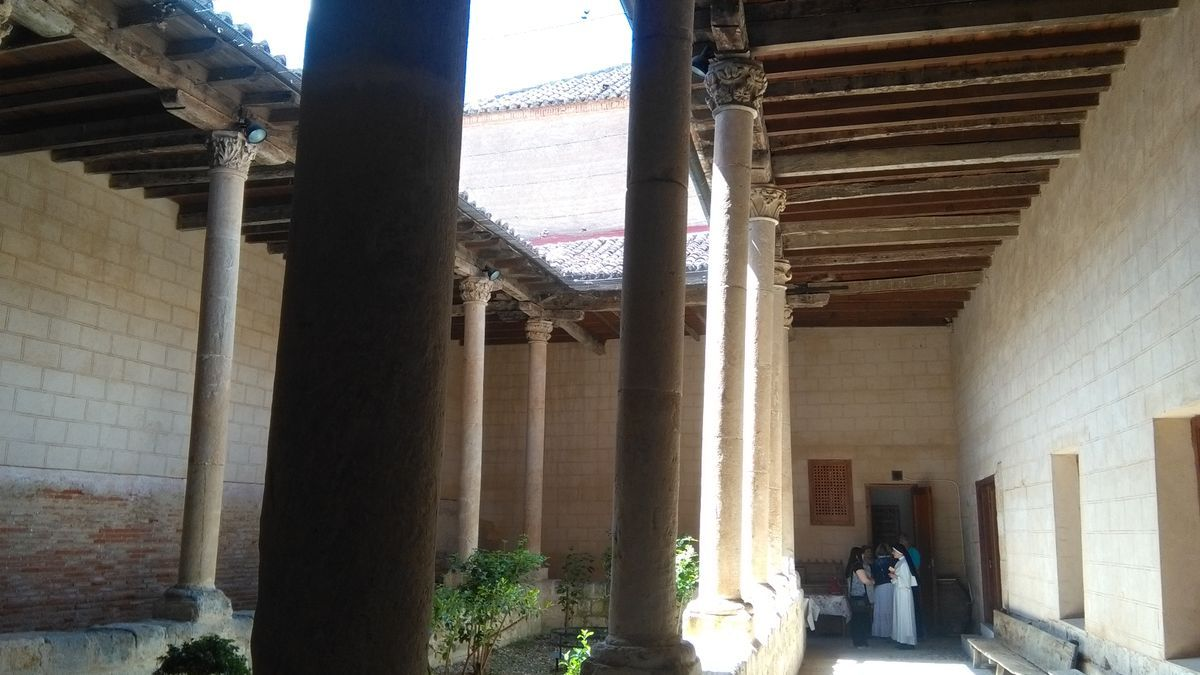 Patio de la Cisterna del convento de Santa Sofía en el que se ejecutarán obras de restauración