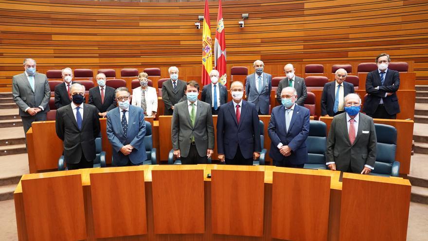Mañueco apela a la igualdad territorial desde la estabilidad y la unidad de España