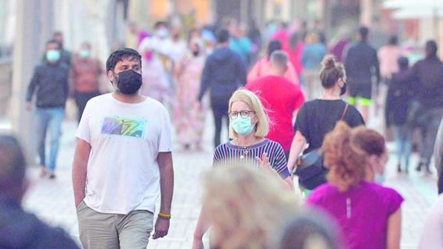 Salud Pública pide tres meses más de restricciones en Canarias