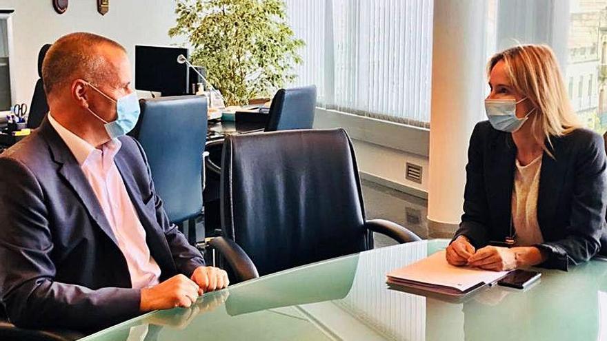Fernández-Tapias, con la CEP y AJE Vigo