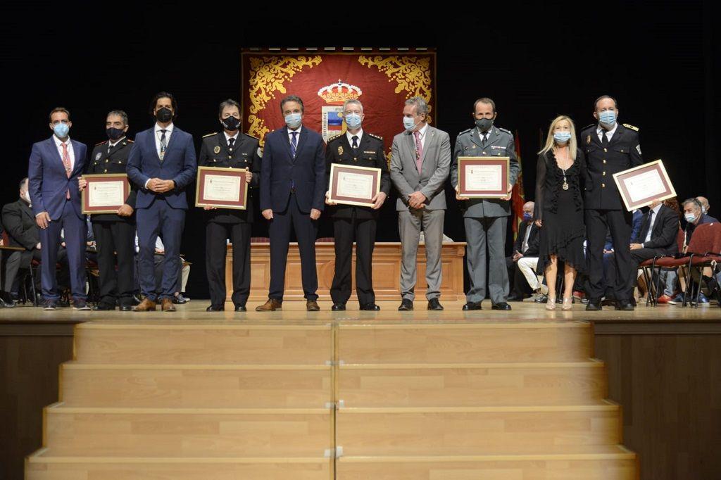 Torremolinos entrega las medallas por el Día de la Autonomía