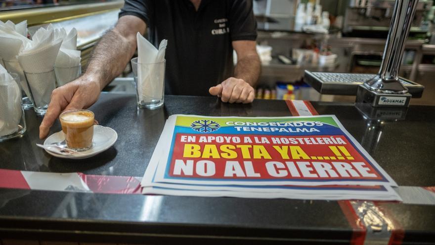 Protestas de los hosteleros contra las nuevas restricciones sanitarias en Tenerife
