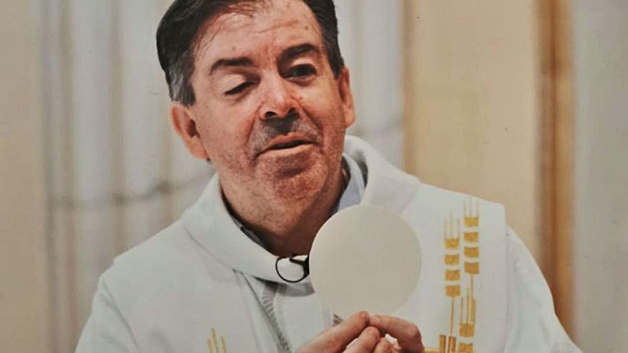 El párroco dels Ángels de Silla pasará a un barrio de Benimàmet