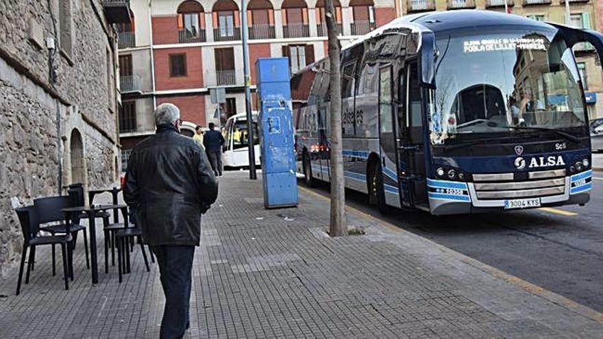 El nou horari a mitja tarda acontenta els usuaris de l'autobús Berga-la Pobla