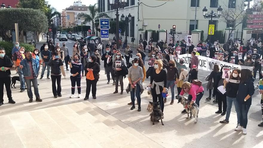 """Una plataforma animalista de Paterna pide """"paralizar"""" las obras del nuevo refugio"""