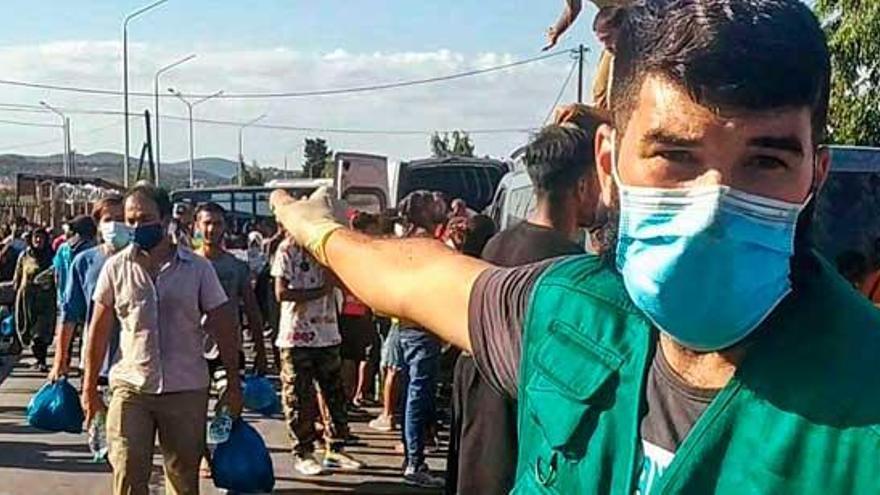 Un soplo de aire en el caos de Lesbos